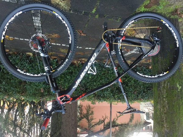 Olympia - F1 Niner Carbon