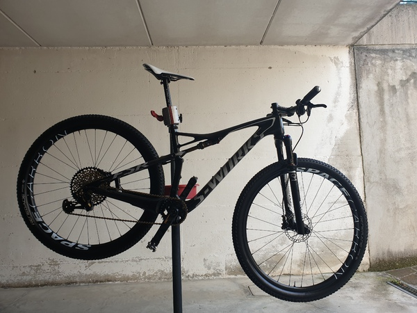 Specialized - Epic World Cup