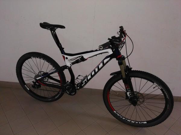 Scott - SCOTT SPARK 710 Carbon 27,5 misura L