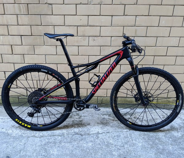 Specialized - Epic Carbon 2018