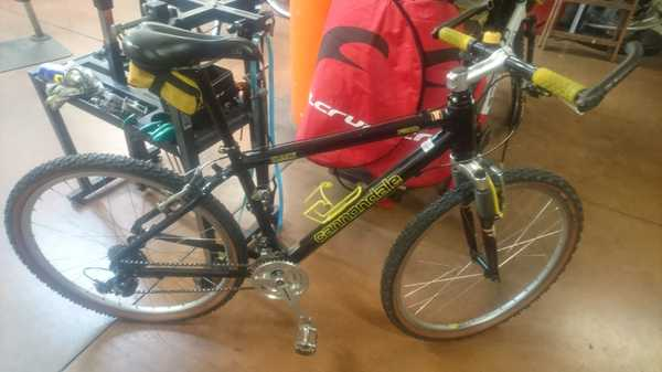 Cannondale - F-300