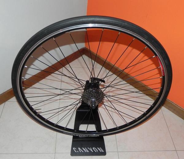 B'Twin - ruota posteriore completa per rulli