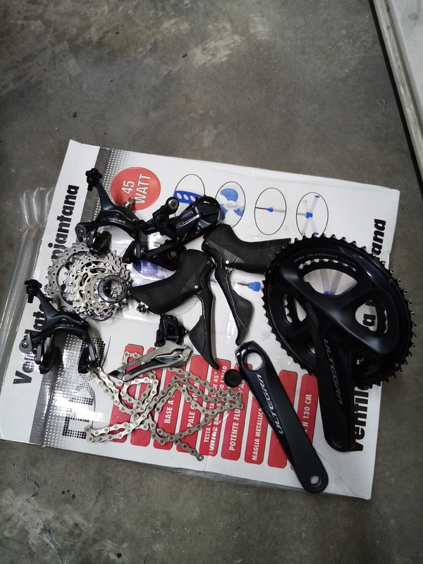 Shimano - Gruppo completo Shimano ultegra R8000