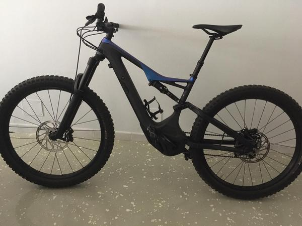 Specialized - Levo Comp carbon