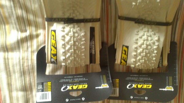 Geax - SaguaroWhite Collection tubeless