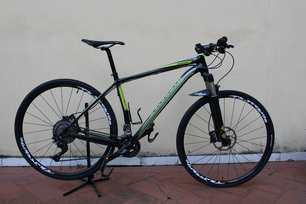 Specialized - STUMPJUMPER HT COMP M5 29