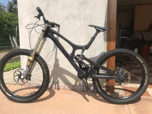 Santa Cruz - V10 carbon
