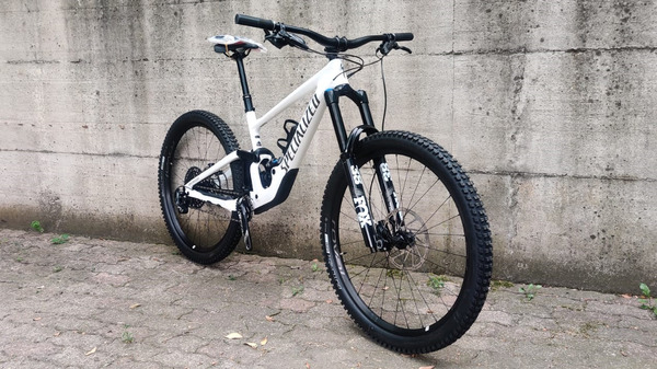 Specialized - ENDURO EXPERT TG.S3