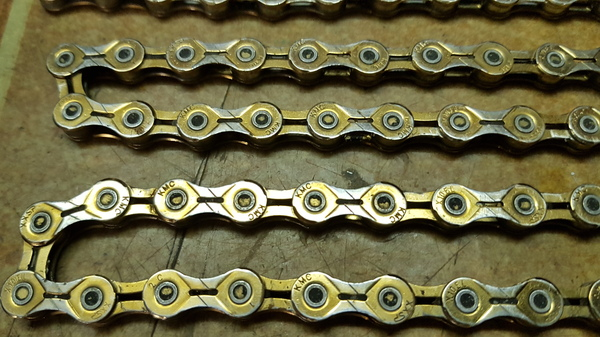 altra - KMC  Catena KMC X10EL, 10v, gold