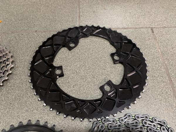 altra - Absolute black  Corone ovali per ultegra dura-ace + catena dlc+ cassetta ultegra 11v