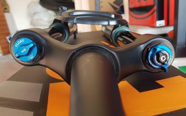 "Fox Racing Shox - PERFORMANCE ELITE 34 29""/27,5"" 140mm"