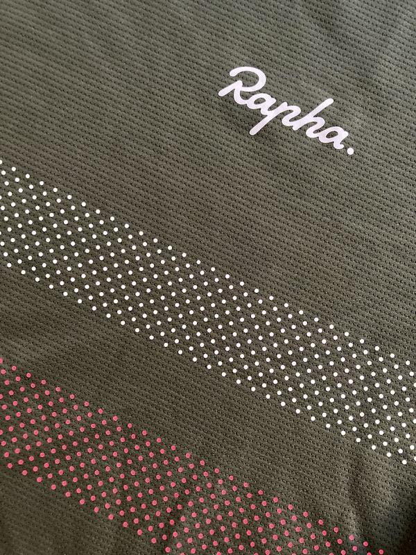 altra - RAPHA Men's Explore Technical T-Shirt
