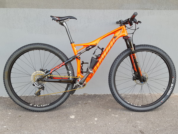 Specialized - Specialized Epic Expert WC