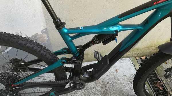 Specialized - Enduro FSR Elite Carbon 650B