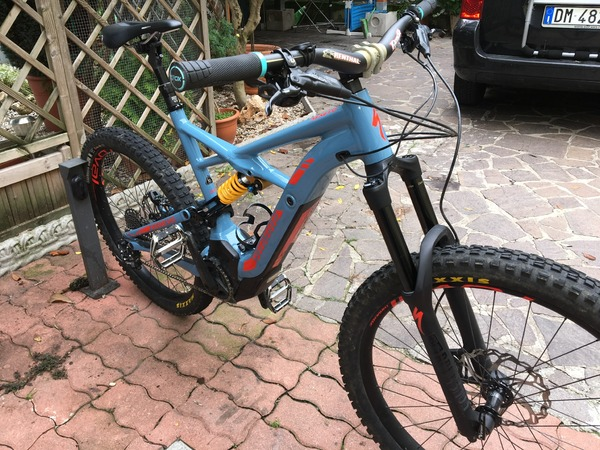 Specialized - Turbo Kenevo Expert