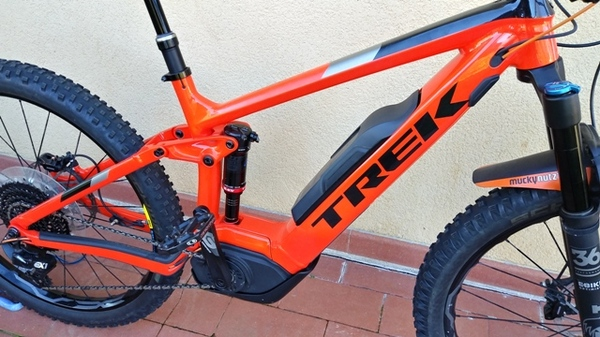 Trek - Powerfly LT9